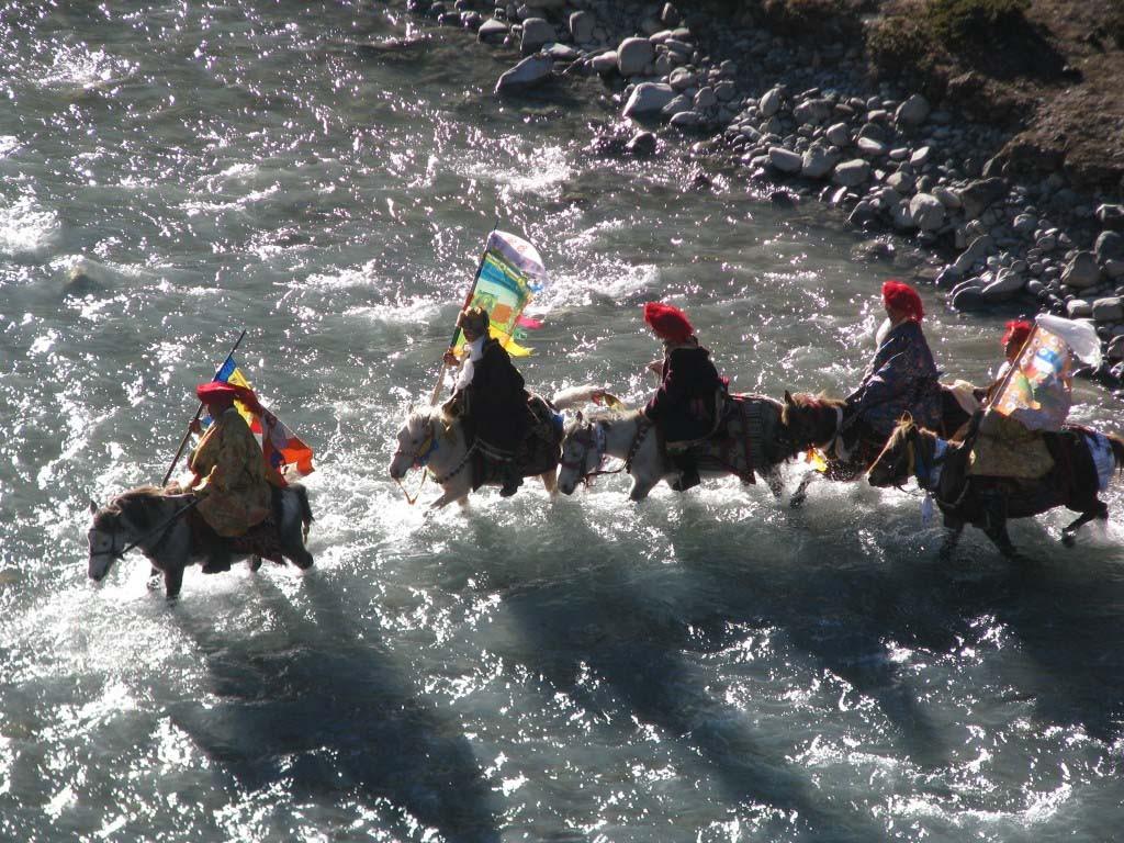 trek tsum vallée manaslu